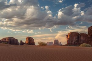 Monument Valley, sand dunes, golden hour, Totem Pole, Arizona, Utah